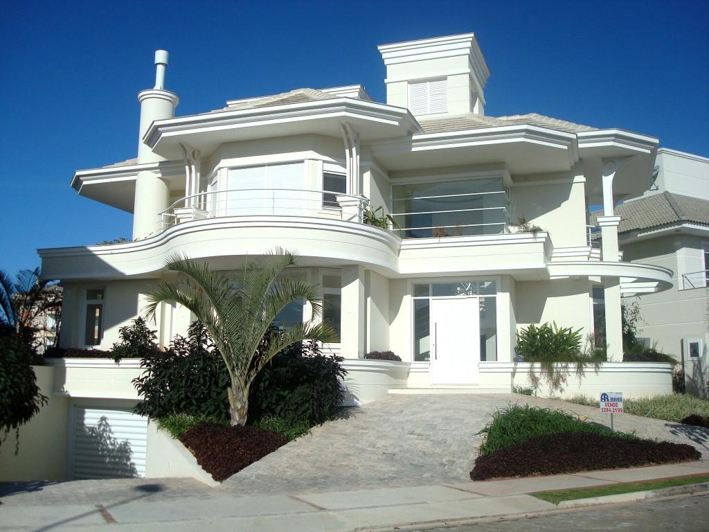 white villa 1024