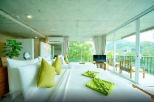 Phuket Thailand | Family Room
