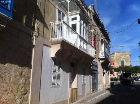 Townhouse - Center Balzan | Malta